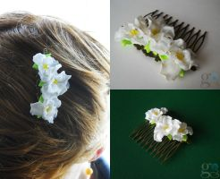 Hair comb by GemDeDude