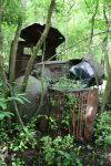 Abandoned Truck by crimsonmansion