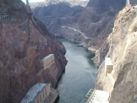 Hoover Dam area by Tayi-chan