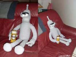 Futurama - Bender the Plushie by Lusikka