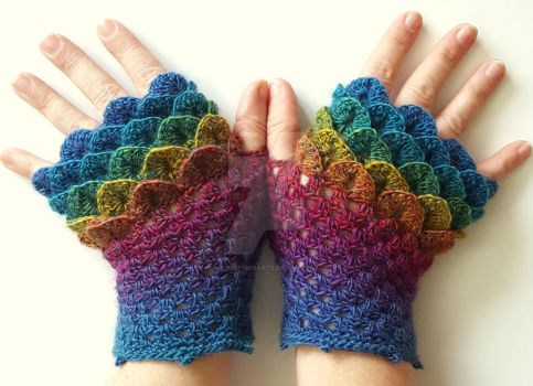 Jewels Dragon Gloves by FearlessFibreArts