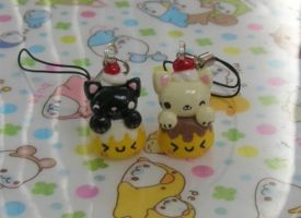 Kittens on Pudding charms by kneazlegurl125