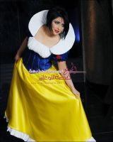 snowwhite-cosplay3 by sumood