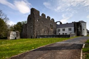 Oxwich Castle by CharmingPhotography