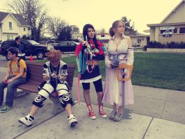 Cosplay - Waitin' for the Bus by naima