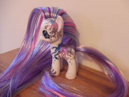 Glitterbomb Custom Pony by lilacamy931
