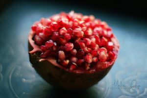 Another Pomegranate by catchingfyre