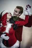Harley Quinn and Joker (Christmas version) 14 by ThePuddins