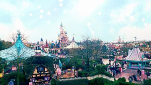 Disney Land Paris. by gloupss