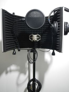 Portable Vocal booth by bducote