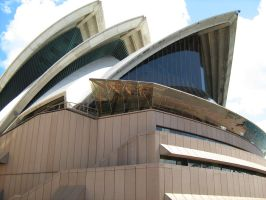 The Opera House by HoneyNee