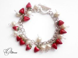 Bracelet 'Strawberries...' by OrionaJewelry