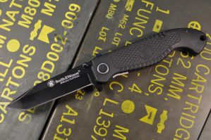 Smith and Wesson Special Tactical Tanto by ComradeSniper