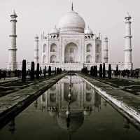 Taj Mahal by sasonian37