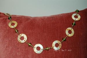 08 -- Green and Pearl necklace by ladylucrezia