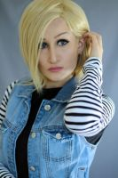 Android 18 Cosplay by RiiCosplay