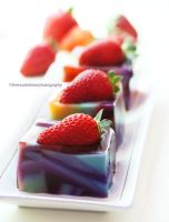 Strawberry Mosaic Jello by theresahelmer
