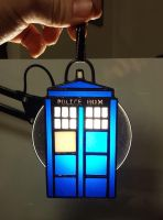 Tardis Ornament 1.0 by DarkeVitrum