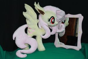 Flutterbat Plush with Mirror by KarasuNezumi