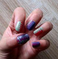 dragmarble nailart 1 by green-envy-designs