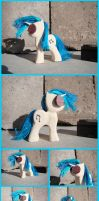 Vinyl Scratch Woodwork III by xofox