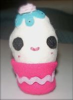 Kawaii Cupcake Plushie by kiddomerriweather