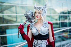 Thor Cosplay San Diego Comic Con 2014 by piratesavvy07