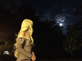[Cosplay - The Last Unicorn] Amalthea and the moon by mene