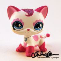 Charlotte kitty custom Littlest Pet Shop by thatg33kgirl