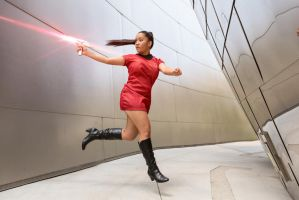 Star Trek cosplay - Phasers by eloquium