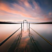 Hang On To A Dream by acukur