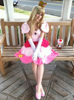 Princess Toadstool Peach by SailorSamara