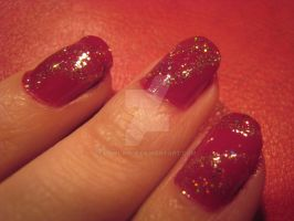 close-up : red with awesome sparkles by lowlance