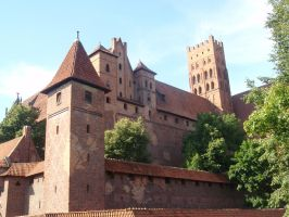 Malbork castle by Woolfred