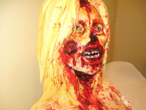 zombie parton side view by ohnoono