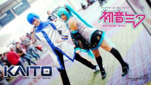 Miku and Kaito, ready for the Con !!! by RockerDragonfly