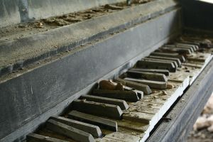 Piano by lateralus2112