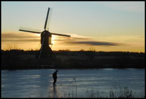 Evening skater at Kinderdijk by Esperimenti