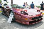 Jaguar XJ220 by speedofmyshutter