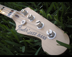 Fender Geddy Lee Jazz Bass by Manol
