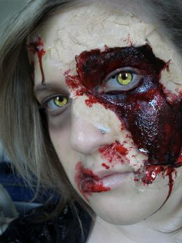 ZOMBIE contact 1 by MakeupAddict