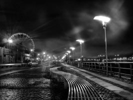 The Quays at Night by superflyninja