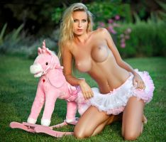 La Licorne rose by abclic
