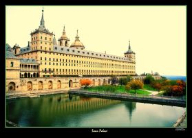 Swan Palace by BaciuC