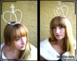 White Queen Crown by FantasyNinja