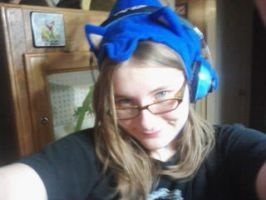Me in Sonic hat by 222222555555