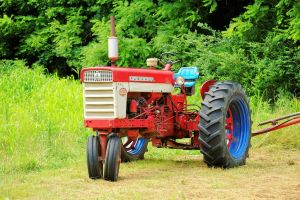A McCormick Farmall 460 Tractor by TheMan268