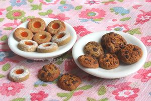 Cookies - Clay miniatures by thinkpastel