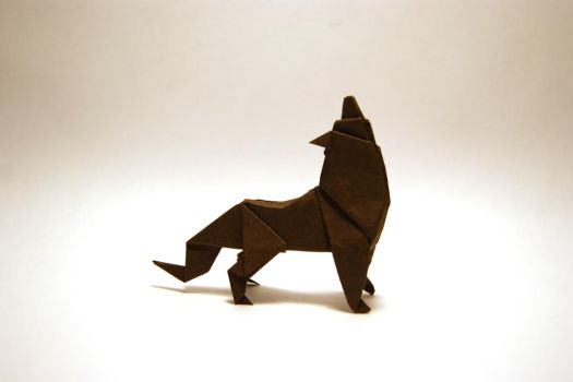 Howling Origami Wolf by orimin