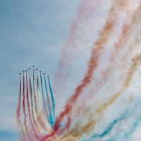 Red Arrows I by toosas
